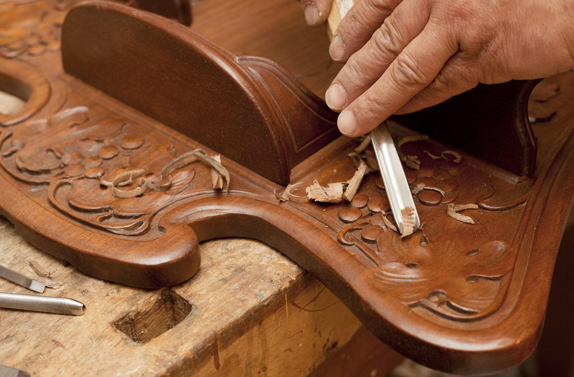 Ebeniste Mont De Marsan rénovation meubles à mont-de-marsan dans les landes (40