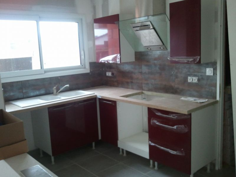 cuisine sur mesure cuisines sur mesure nos r alisations galeries le doc du meuble. Black Bedroom Furniture Sets. Home Design Ideas