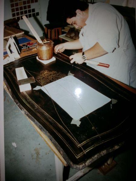 restauration de meubles pendant restauration de meubles nos r alisations galeries le. Black Bedroom Furniture Sets. Home Design Ideas